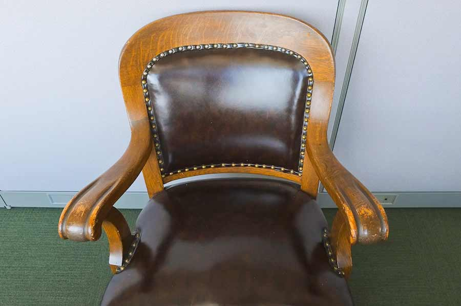 photo of  573 ½ Swivel Chair, purchased by Cass Gilbert for the 1905 Minnesota State Capitol