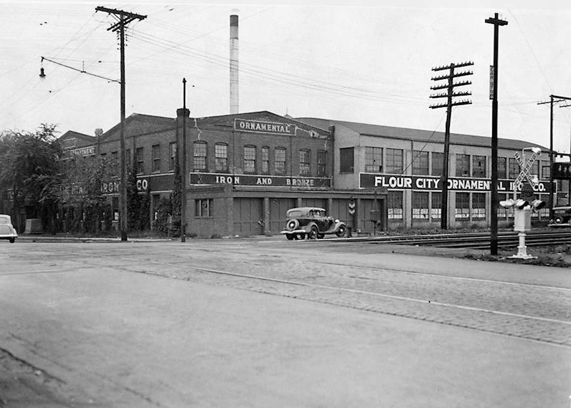 photo- Flour City Ornamental Ironworks factory, Minneapolis, 1935
