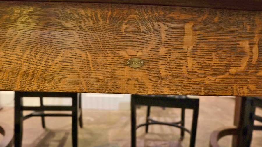 photo of detail of N Work Table, designed by Cass Gilbert for the 1905 Minnesota State Capitol, milled wood